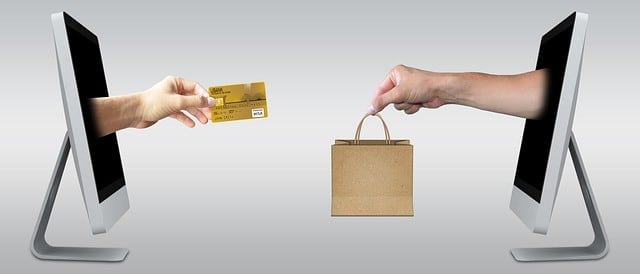eCommerce Image credit card for shopping exchange